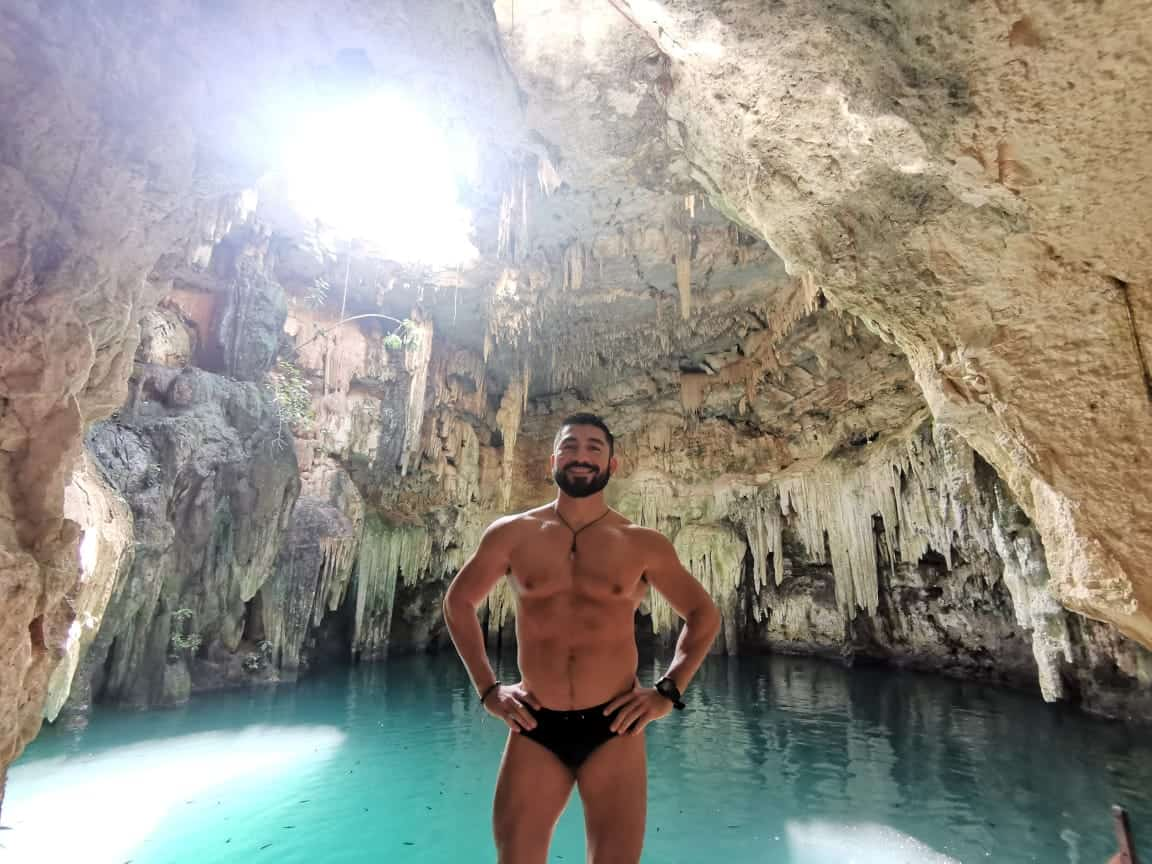 gay guide cenote