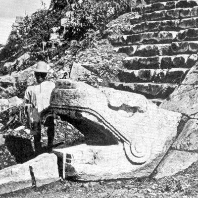 Ancient-Chichen-Itza-5.jpg
