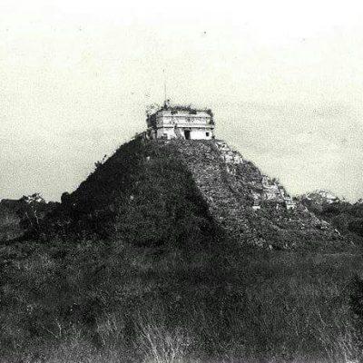 Chichen-Itza-Ancient13.jpeg