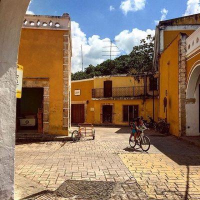 Izamal-Street.jpg